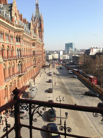 St. Pancras Renaissance Hotel London: view from room 256