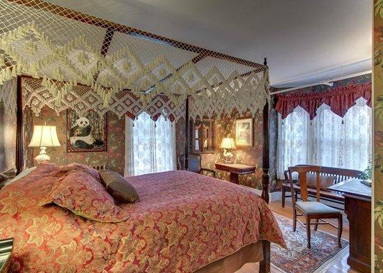 Hawthorne Inn: Musketaquid Room