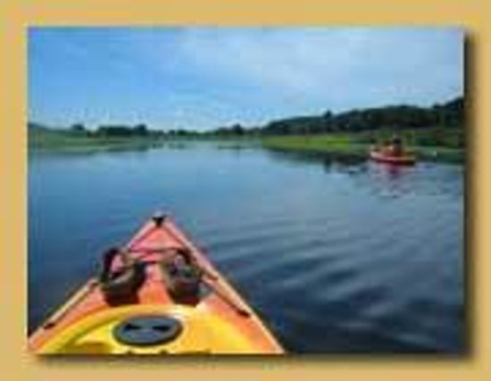 Hawthorne Inn: Kayaking Concord's three rivers