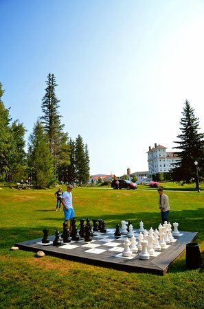 Omni Mount Washington Resort:                   Giant Chess