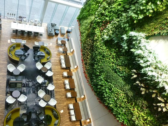 Hotel ICON: Living Wall