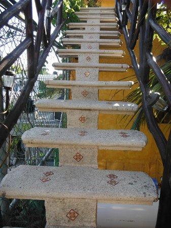 Maison Tulum: L'escalier vers la terasse