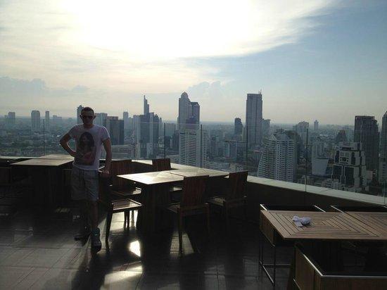 Anantara Sathorn Bangkok Hotel:                   rooftop bar