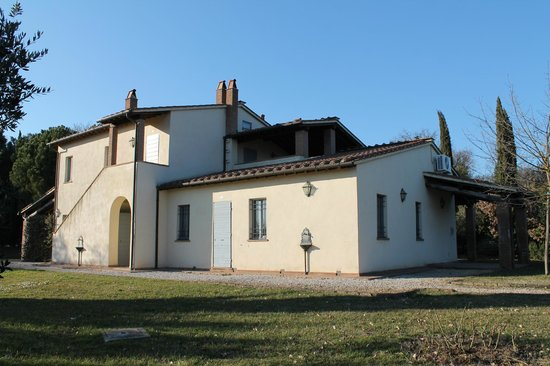 Podernovo:                   Villetta delle Querce