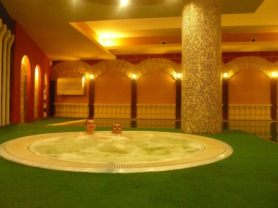 Soreda Hotel:                   Jacuzzi