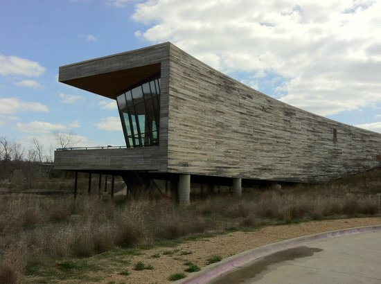 ‪Trinity River Audubon Center‬