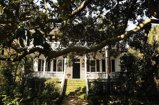 The Spirit of Old Beaufort: Old Beaufort Antebellum House 3