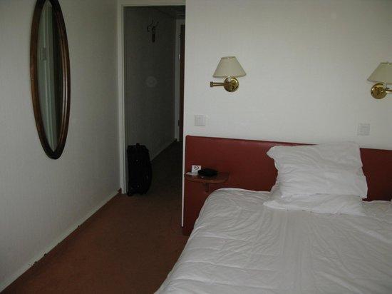 Hotel Astoria :                   Double room looking from window in