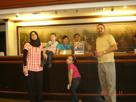 Omni Tower Sukhumvit Nana by Compass Hospitality: Reception