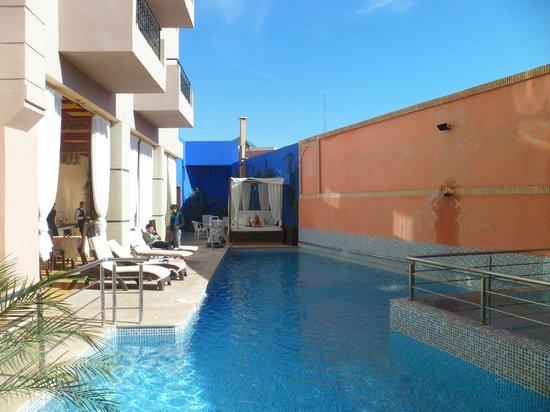 Hotel Lawrence d'Arabie:                                     pool area