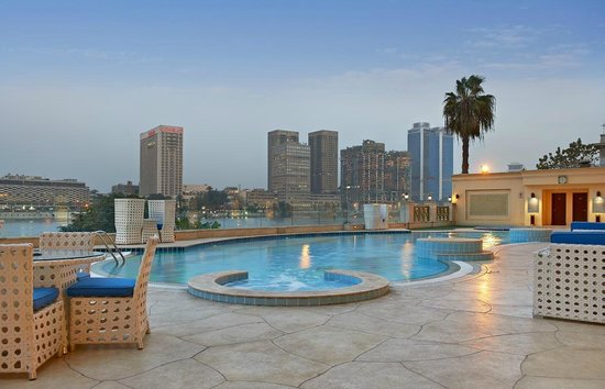 Hilton cairo zamalek residences 84 1 5 1 updated for Terrace hilton zamalek