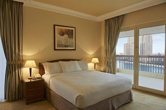 Hilton Cairo Zamalek Residences: King Deluxe Room