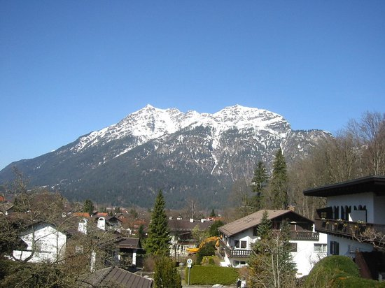 Garmisch-Classic :                   Autumn View showing other Mountains in The Alps from the Balcony