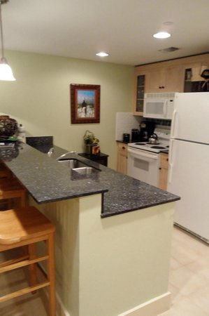 Sandestin Golf and Beach Resort: Kitchen of an Observation Point North condo