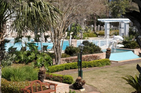 Sandestin Golf and Beach Resort: Observation Point North pool area