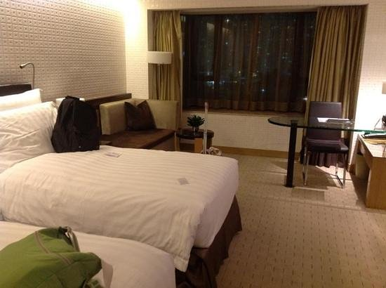 Royal Park Hotel:                   inside the room