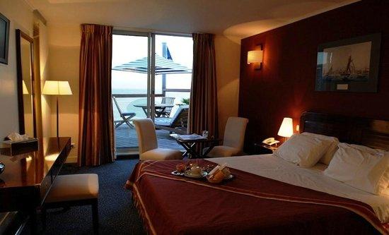 Cabine privilège de l\'hotel des Voiles sur la plage du HAvre - Photo ...