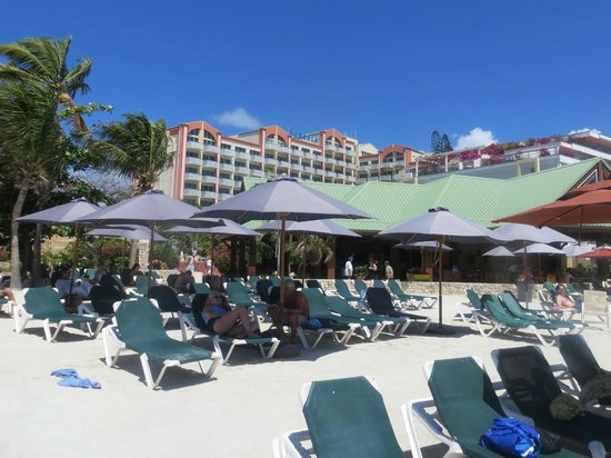 Sonesta Maho Beach Resort, Casino & Spa: A view from the beach