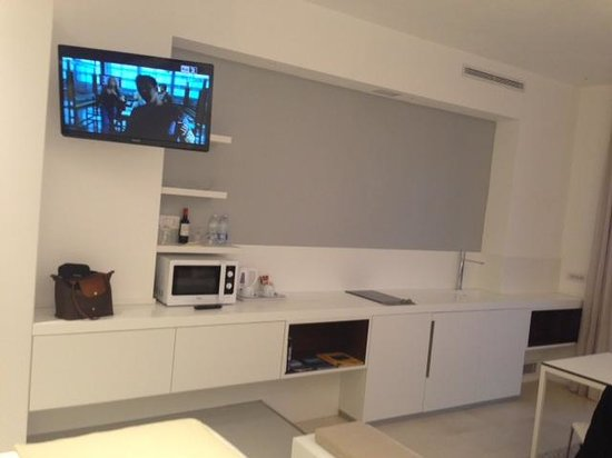 Hotel Villa Belvedere:                   TV Mini Kitchen