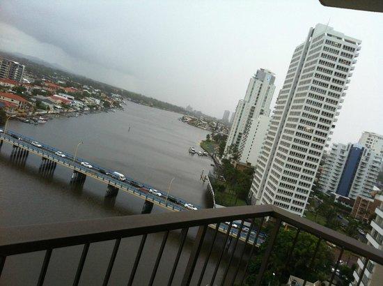 Vibe Hotel Gold Coast:                   High floor, river side