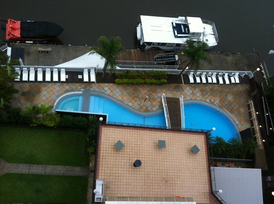 Vibe Hotel Gold Coast:                   High floor, river side - Looking down at the pool