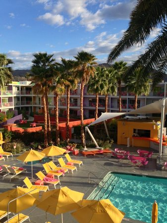 The Saguaro Palm Springs:                   3rd floor pool view room