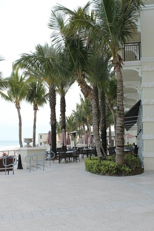Kimpton Vero Beach Hotel & Spa:                   Patio