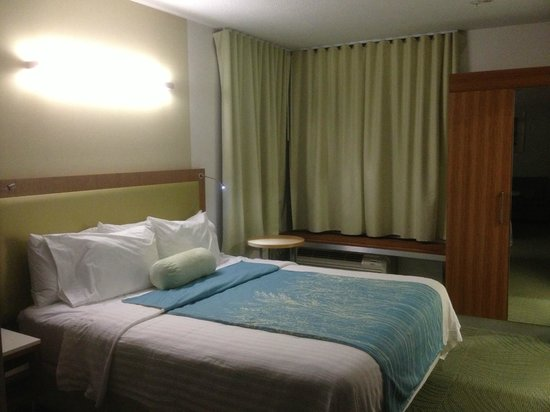 SpringHill Suites Provo:                   King bed