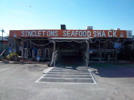 Singleton's Seafood Shack:                   Entrance
