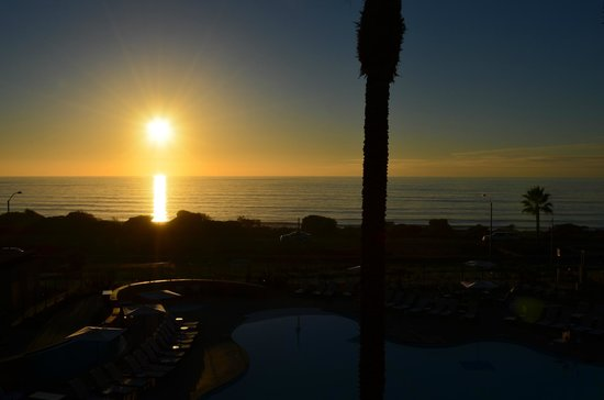 Cape Rey Carlsbad, a Hilton Resort:                   Sunset from room