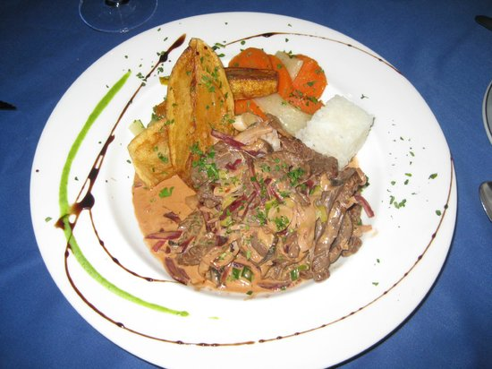 Beef stroganoff bild fr n la mandragora sitio de calahonda tripadvisor - La mandragora malaga ...