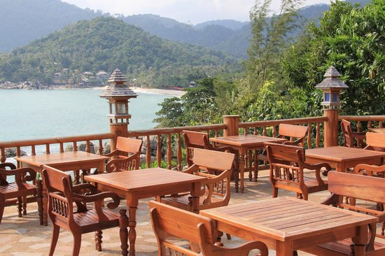 Santhiya Koh Phangan Resort & Spa: Outdoor Dining