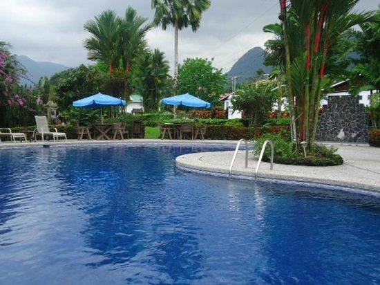 Hotel Villas Vilma: Piscina