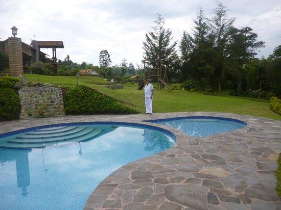 Matisses Hotel Campestre:                   pileta                 