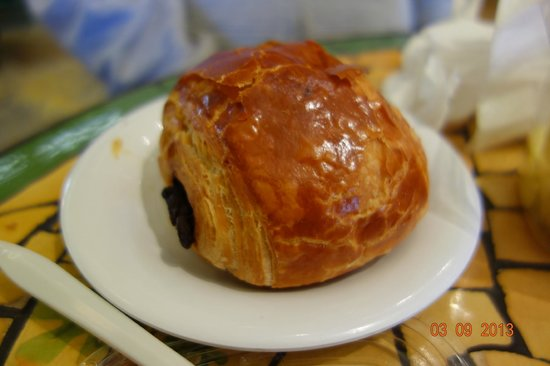 Cocola Bakery:                   Chocolate Croissant