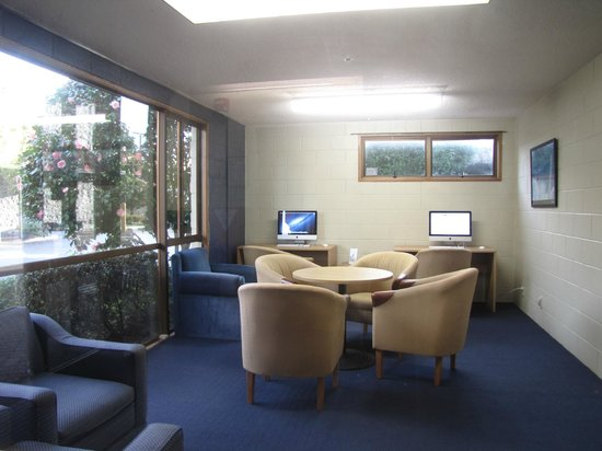 Auckland Rose Park Hotel: Business Centre