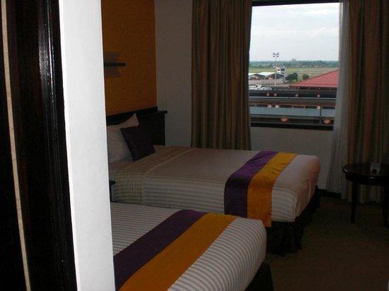 Jakarta Airport Hotel:                   部屋