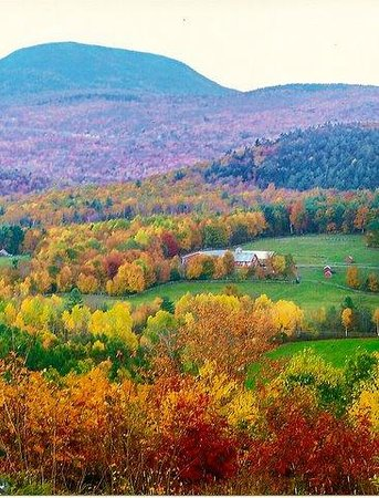 Breakfast on the Connecticut: Fall Colors from the top of Pinnacle Hill in Lyme