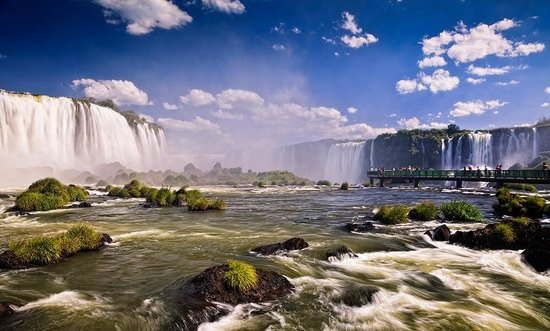 Foz do Iguacu, PR : Photo provided by ©4Corners