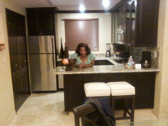 Villa del Palmar Cancun Beach Resort & Spa:                   close up of the kitchen