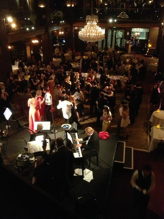 Cicada Restaurant:                   View from the balcony toward the band and dance floor and dining room