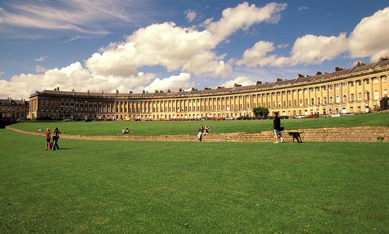 Bath, UK : Photo provided by ©4Corners