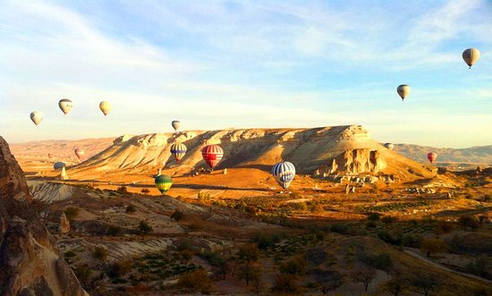 Cappadocia, Turquia: Photo provided by ©4Corners