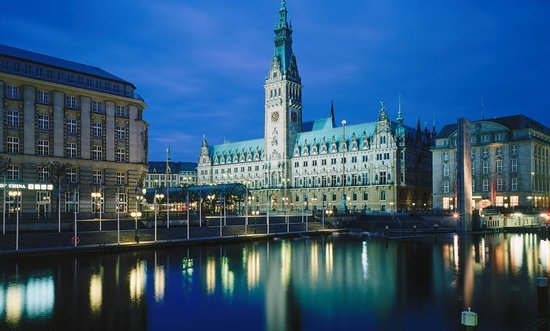 Hamburg, Almanya: Photo provided by ©4Corners