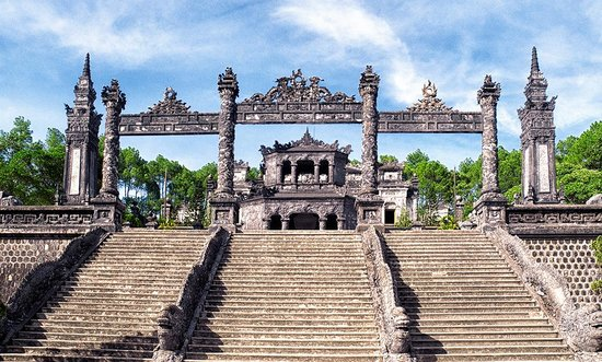 Top 8 Things to do in Hue, Vietnam
