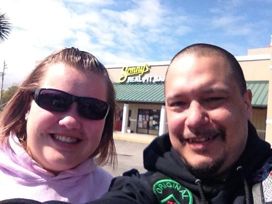 Sonny's BBQ: the storefront