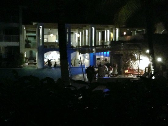 Peppers Beach Club:                   Restaurant Veiw at night