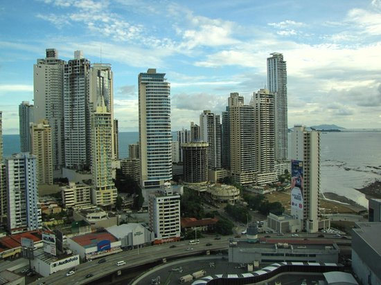 Radisson Decapolis Hotel Panama City:                   Otro ángulo desde la habitación