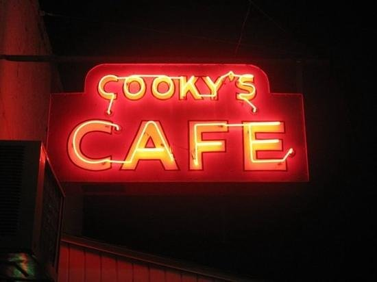 Cooky's Cafe:                   neon at night