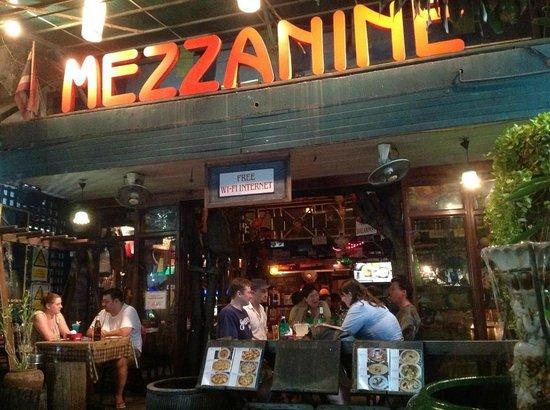 Photo foto di mezzanine bar restaurant bangkok - Foto mezzanine ...